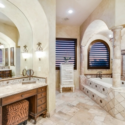 028_Master-Bathroom-1000_edit